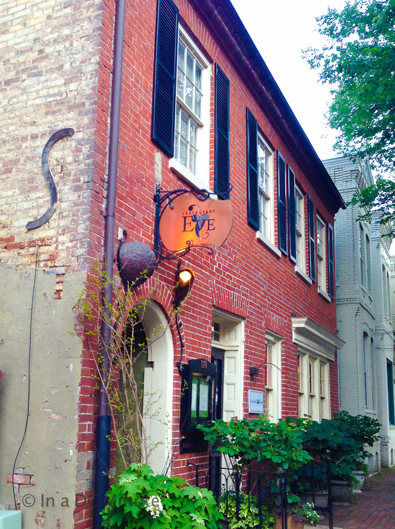 Romantic Date Ideas In Old Town Alexandria